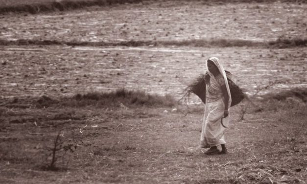 ರಾಣಿಯ ರಾಜ್ಯದಲ್ಲಿ ಅತಿವೃಷ್ಟಿ ಅನಾವೃಷ್ಟಿ ರಾದ್ಧಾಂತಗಳು