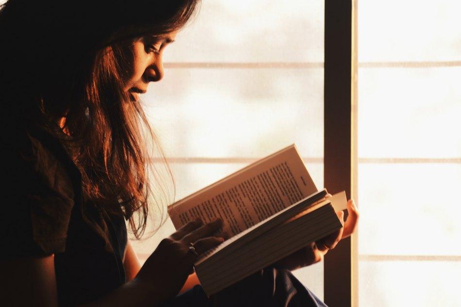 ಓದಿದ ಕವಿತೆಗಳು ಜೀವನದ ಕದ ತಟ್ಟುವುದರ ಕುರಿತು: ಆಶಾ ಜಗದೀಶ್ ಅಂಕಣ