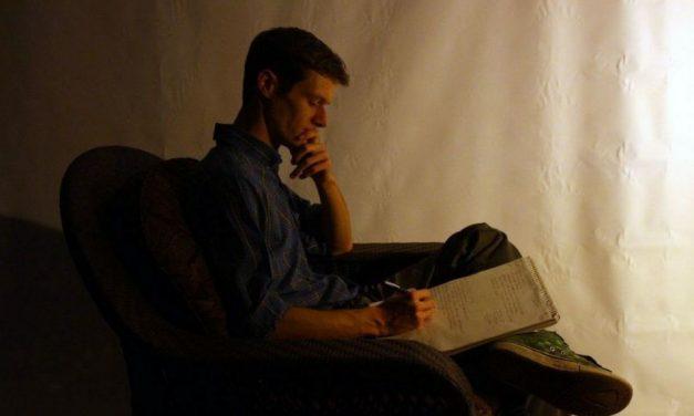 ಕಾಯುವುದಿಲ್ಲ ಕವಿತೆಗೆ ಯಾರೂ ಕವಿಯೊಬ್ಬನಲ್ಲದೆ…: ಲಕ್ಷ್ಮಣ ವಿ.ಎ. ಅಂಕಣ