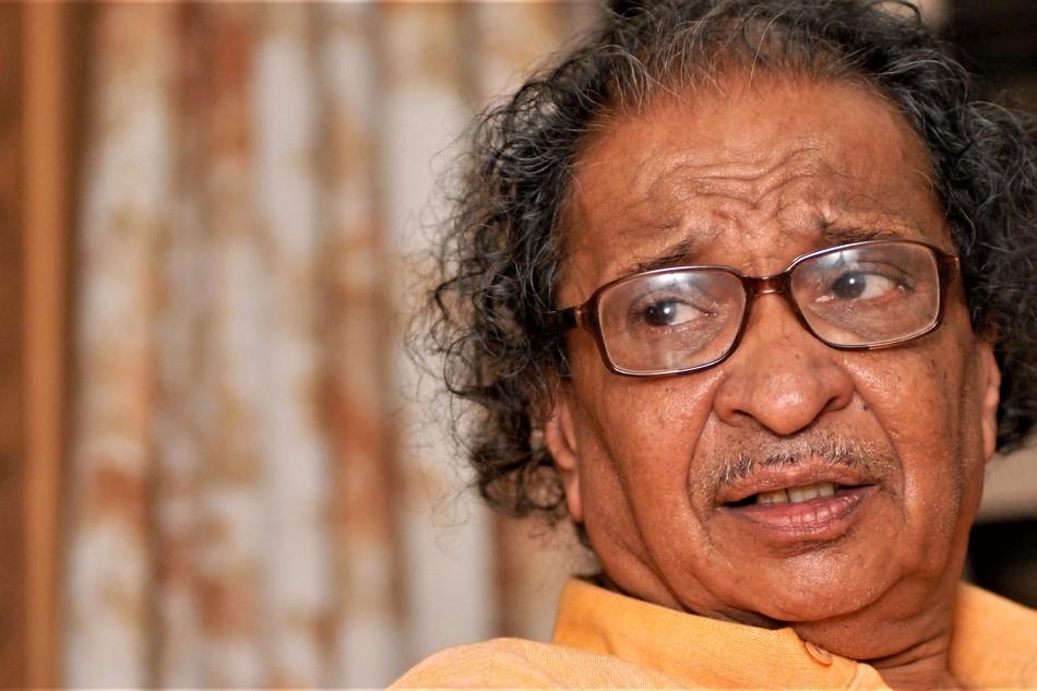ಕಾವ್ಯ ಗಾರುಡಿಗನ ಕೊನೇ ಷೋ: ಪ್ರಹ್ಲಾದ್ ಡಿ.ವಿ. ಬರಹ